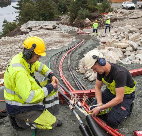 arbeid i kabelgrøft